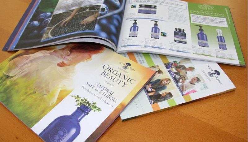 Catalogue là một trong những ấn phẩm quảng cáo có vai trò quan trọng hiện nay