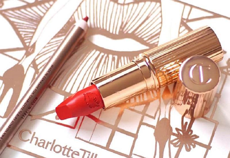 logo thương hiệu Charlotte Tilbury