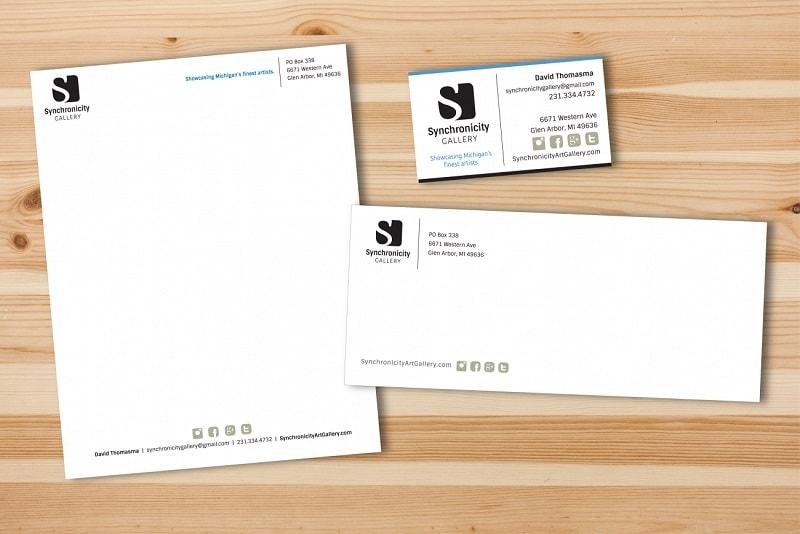 Mẫu 5: Bao thư được thiết kế đơn giản nhưng đầy đủ thông tin hữu ích
