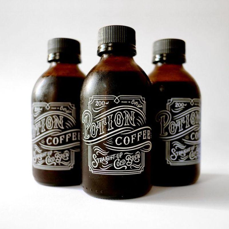 Hình 8: Mẫu bao bì cà phê chai thủy tinh độc đáo khác biệt